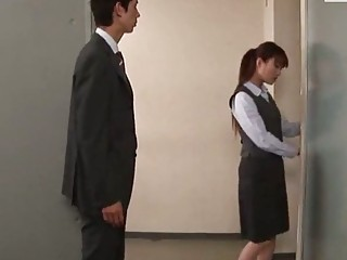 Horny Asian secretary wants to suck off her boss badly