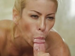 Big tit cougar Alexis Fawx gives Codey Steele perfect nuru massage