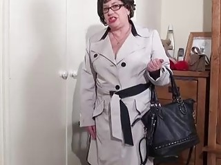 Chubby mature in stockings and sandals with high heels is about to get fucked from the back
