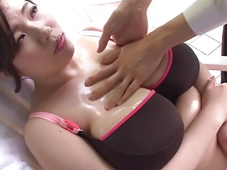 Flopping Tits Porn Asian Slut Gets Her Big Tits With Large Areolas Oiled Up, Teenie