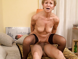Gilf scores with young dude