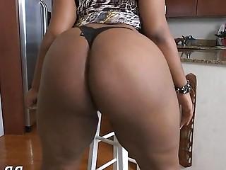 Big ass mature porn star gets her black booty slammed