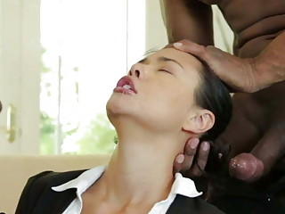 Deepthroating MILF spitroasted in interracial anal threeway