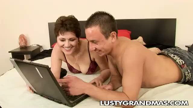 Русское Порно Кончил В Писю Зрелой