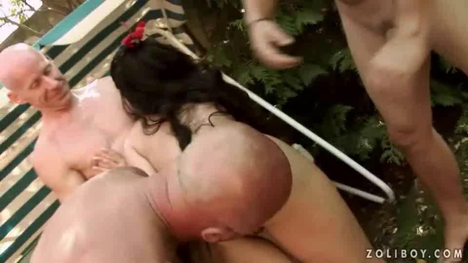 Pelicula hagamos una orgia partes porno Orgia Orinando Detalle De Escenas N5340937
