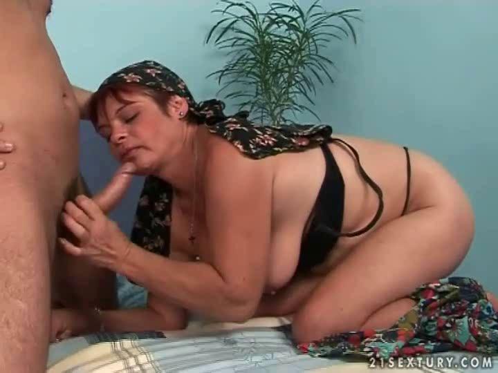 Секс с зрелыми бабушками