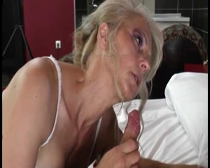 Младший Сын Лижет Пизду Маме Порно Онлайн
