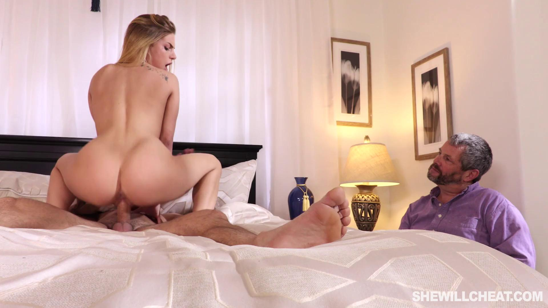 Fucked Babysitter While Wife
