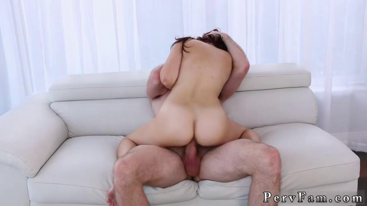 Teen Daughter Seduces Daddy