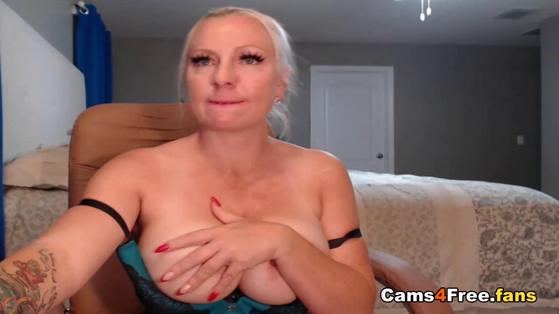 Chubby Blonde Teen Big Tits