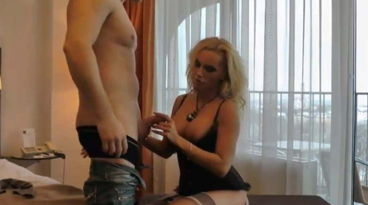 Im hotel sex Hotel »